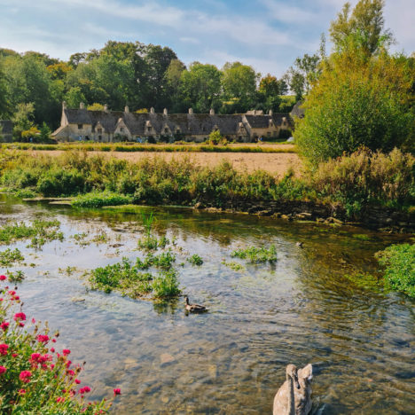 The Ultimate Guide To The Cotswold Water Park